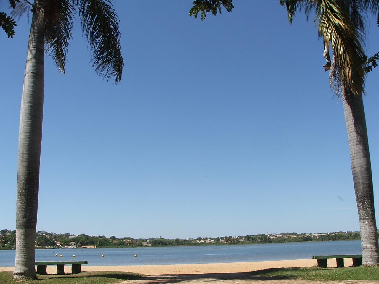 Praia Municipal de Lagoa da Prata.